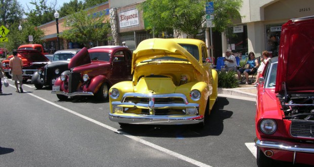 Old Town Newhall Association Gears Up For Annual Classic Car Show - Old car shows