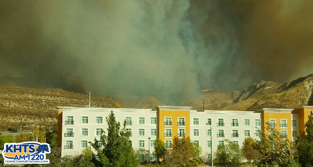 Magic Mountain safe, but Santa Clarita blaze burns 5000 acres